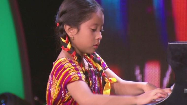 Yahaira-Tubac-pianista-guatemalteca-recibira-homenaje-en-San-Juan-Sacatepequez1-885x500-1
